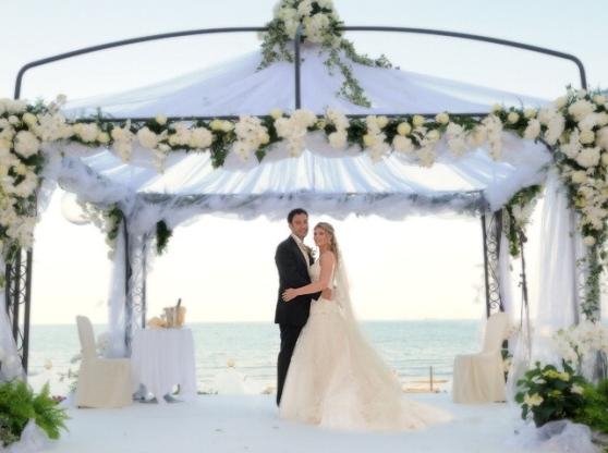 Proposta Di Matrimonio Spiaggia : Anche a chioggia matrimoni celebrati in riva al mare una